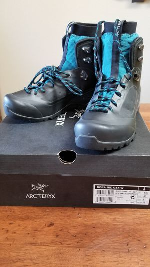 Arc'teryx Bora GTX Mid Backpacking Boot Gore-Tex WaterProof Mountain Womens 8.5 for Sale in Enumclaw, WA