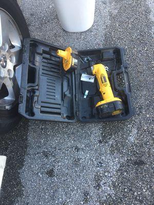 DW960 Dwelt angel drill for Sale in Miami, FL
