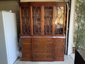 Beautiful Antique China Cabinet for Sale in Irvine, CA