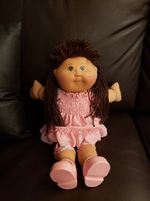 Cabbage Patch Doll- girl. Like new. for Sale in Scottsdale, AZ