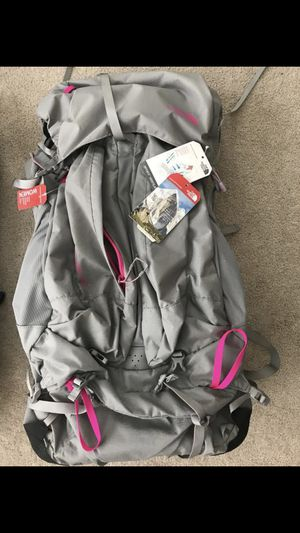 North Face Banshee 50 women's hiking backpack for Sale in Virginia Beach, VA
