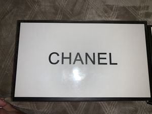 Chanel coco mademoiselle perfume and make up package for Sale in Palmdale, CA