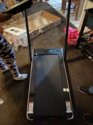 2.25hp 2in1 folding treadmill w/Bluetooth speaker remote control home gym for Sale in Fontana, CA