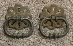 VINTAGE SET OF 2 ANTIQUE FLOWER BRASS DRAWER DRESSER DROP BAIL PULL HANDLE KNOBS WITH SCREWS DIY PROJECTS for Sale in Chapel Hill, NC