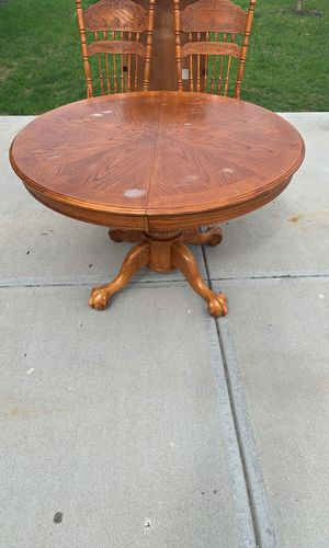 Kitchen table with 4 chairs and leaf for Sale in Plainfield, IN