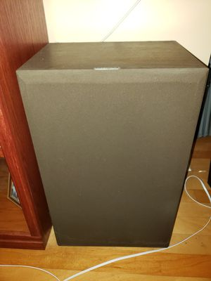 Fisher 75w floor speakers for Sale in Clearwater, FL