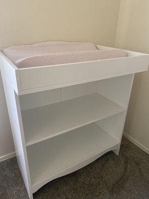 Changing table / bookshelf for Sale in Tempe, AZ