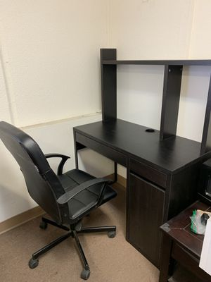 IKEA office desk and chair set for Sale in La Habra Heights, CA