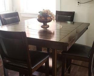 Comedor Para 4 Personas for Sale in Lawndale,  CA