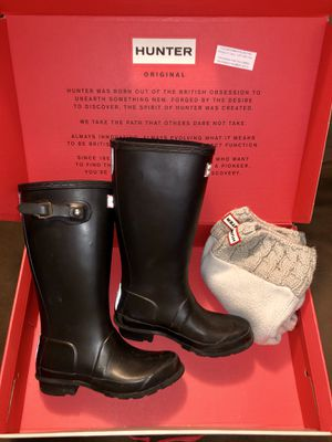 Kids Original Hunter Boots & 2 Pairs of Socks for Sale in Queens, NY