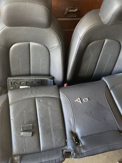 Audi Front And Back Seat for Sale in Inglewood,  CA