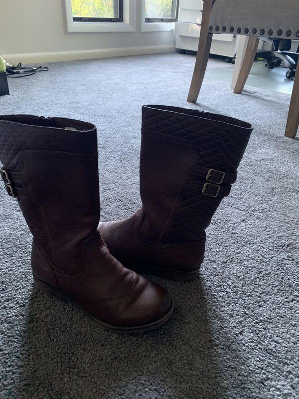 Girls size 2 tall boots