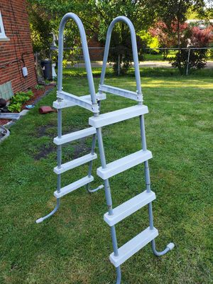 Above ground pool ladder for Sale in Warren, MI