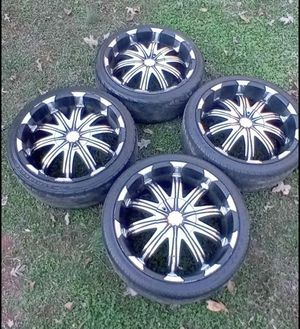 20 inch rims 5 lug universal bolt pattern for Sale in Madison Heights, VA