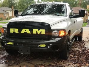 2003 Dodge Ram 3500 dually Turbo Diesel Cummins for Sale in Addison, IL