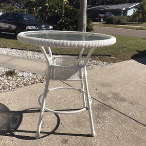 Bar Height Patio Table with umbrella hole. Plastic Rattan for Sale in Seminole, FL