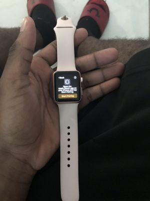 Apple Watch Series 1 Rose Gold 38mm for Sale in Miami Gardens, FL