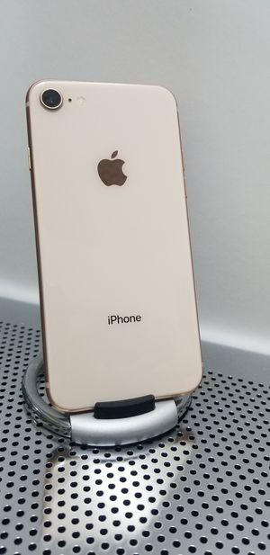 iPhone 8 Gold Unlocked Liberado for Metro pcs and T-Mobile for Sale in Huntington Park, CA