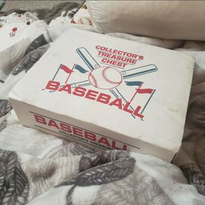 Collector's Baseball Cards Treasure Chest Lot for Sale in Rockville, MD