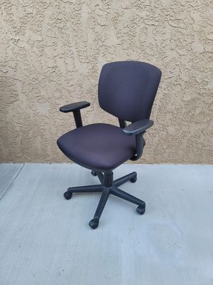 Office chair for Sale in Orange, CA