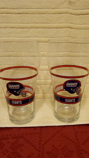 Vintage 1992 Mobil NFL New York Giants Collectible Commerorative Fountain Glasses for Sale in Chandler, AZ