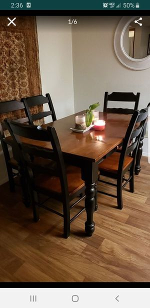 Farmhouse kitchen dining table w chairs for Sale in Henderson, NV
