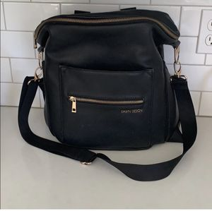 Fawn design diaper bag large for Sale in Hopkinton, MA