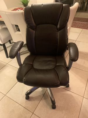 Desk Chair for Sale in Clearwater, FL