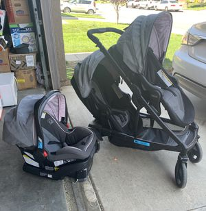 Graco uno2duo + baby car seat + extra seat for Sale in Beaumont, CA