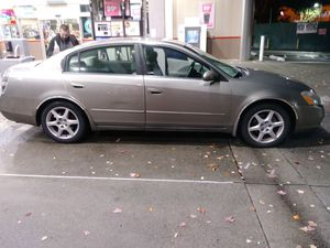 Nissan Altima 2002 runs and drives great. 112,000 actual miles for Sale in Mill Creek, WA