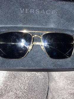 Versace Sunglasses In Good Condition for Sale in Beverly Hills,  CA