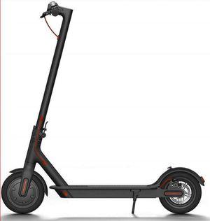 AOVO pro electric scooter M365 for Sale in North Miami Beach, FL