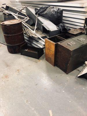 Free metal for Sale in Washington, DC