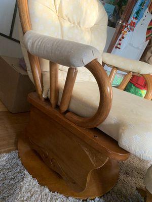 Glider Chair for Sale in Gresham, OR