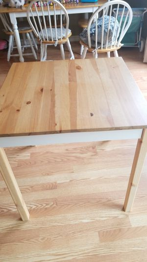 Kitchen table for Sale in Frederick, MD