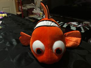Brand new bigger finding Nemo plush stuffed animal for Sale in Deerfield Beach, FL
