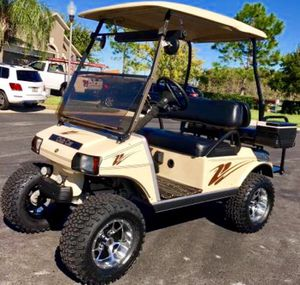 Tan lifted golf cart club car for Sale in Tampa, FL