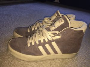 Adidas sneakers size 11.5 for Sale in Mount Rainier, MD