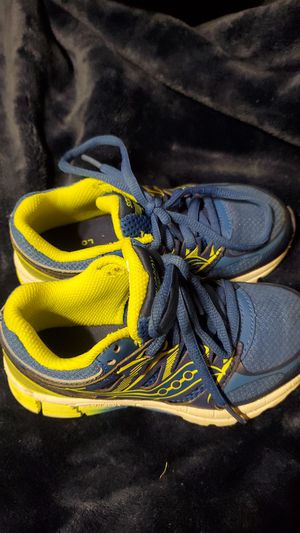 Toddler/Saucony Tennis shoes $10 for Sale in San Antonio, TX