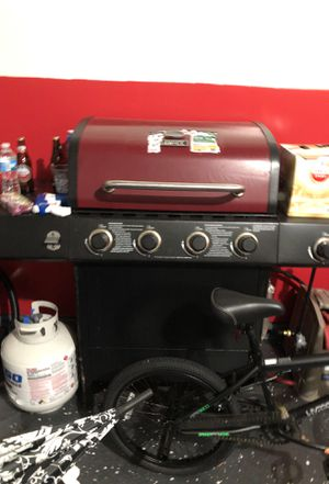 A Backyard Grill for Sale in Blaine, MN
