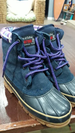 SNOW BOOTS FOR GIRLS SIZE:4 for Sale in Chula Vista, CA