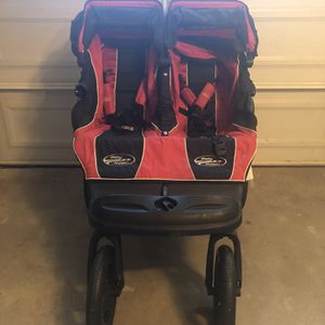 Double Stroller Baby Jogger NEGOTIABLE! for Sale in Compton, CA
