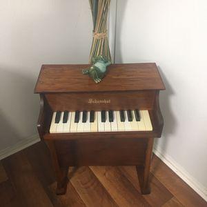 Baby Grand Piano Schoenhut for Sale in Hialeah, FL