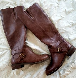 Never worn! KENNETH COLE womens boots for Sale in Surprise, AZ