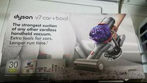 Dyson V7 Bagless Cordless Vaccuum for Sale in Oak Lawn, IL