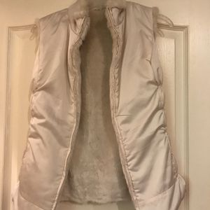 Brand new Reversible fur and satin vest for Sale in Tampa, FL