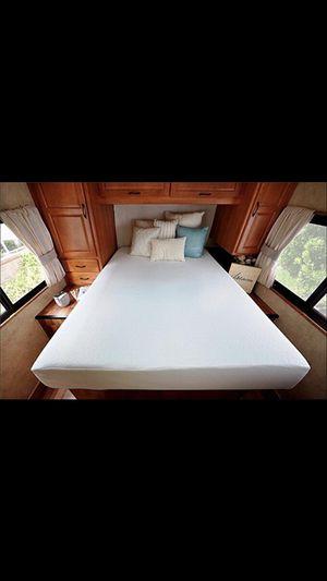 Zinus Deluxe Memory Foam 8 Inch RV - Camper - Trailer - Truck Mattress Short Queen(NEW) for Sale in Dallas, TX