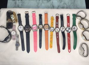 Lot of 19 assorted watches fossil seiko and more for Sale in Manassas, VA