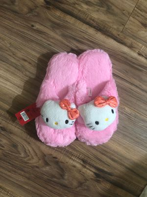 Brand New - Hello Kitty Slippers for Sale in Alhambra, CA