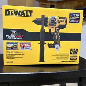 20-Volt MAX Lithium Ion Cordless Brushless 1/2 in. Hammer Drill/Driver with FLEXVOLT ADVANTAGE (Tool Only) for Sale in Azusa, CA